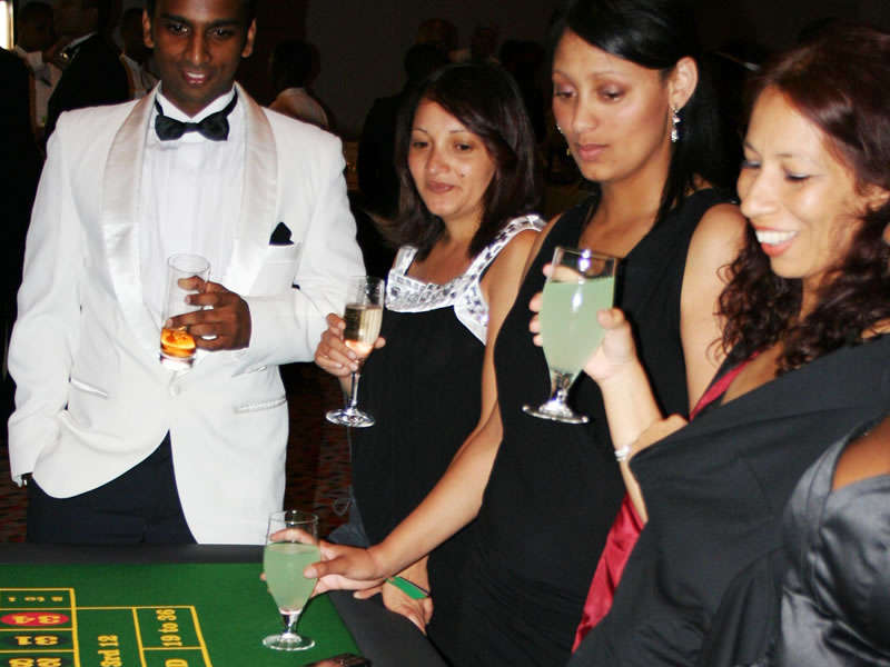Tri Active - Casino Royale