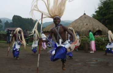 rwanda-dancers