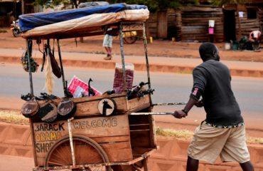tanzania-street-scene